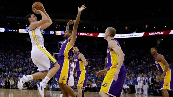 dm_131031_nba_warriors_lakers_highlight
