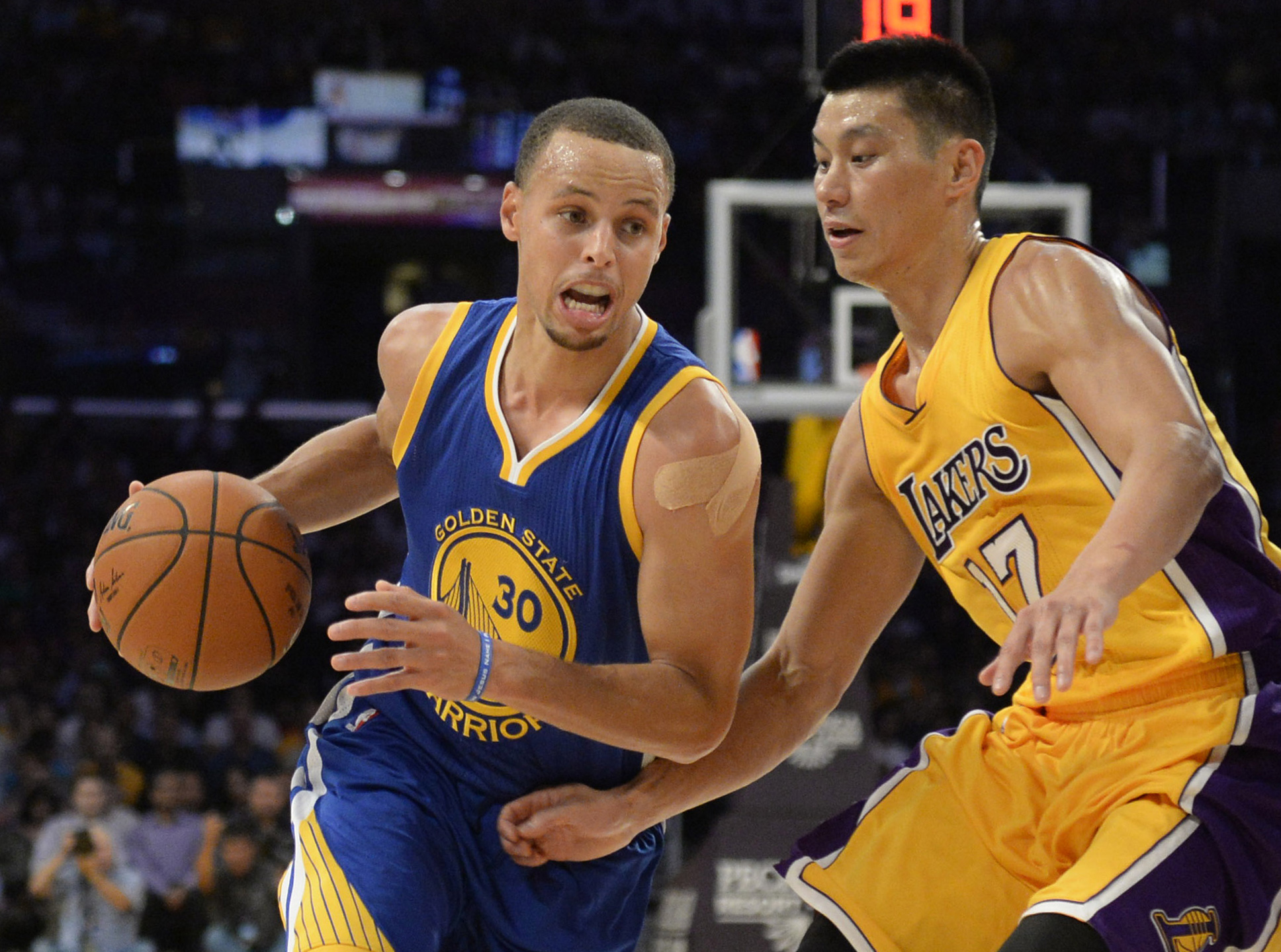 NBA: Preseason-Golden State Warriors at Los Angeles Lakers