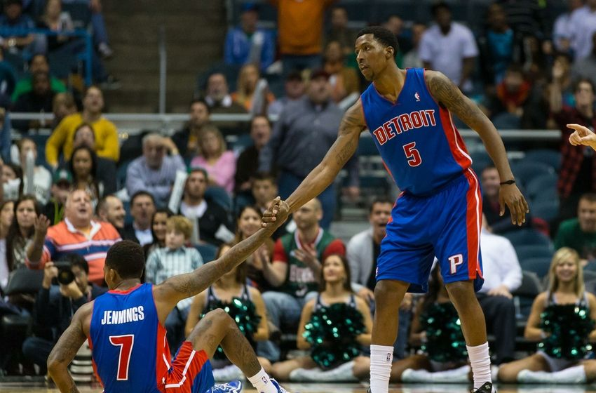 kentavious-caldwell-pope-brandon-jennings-nba-detroit-pistons-milwaukee-bucks-850x560