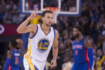 November 9, 2015; Oakland, CA, USA; Golden State Warriors guard Stephen Curry (30) celebrates after making a basket against the Detroit Pistons during the fourth quarter at Oracle Arena. The Warriors defeated the Pistons 109-95. Mandatory Credit: Kyle Terada-USA TODAY Sports