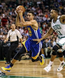 Dec 11, 2015; Boston, MA, USA; Golden State Warriors guard Stephen Curry (30) drives past Boston Celtics guard Evan Turner (11) during the first half at TD Garden. Mandatory Credit: Winslow Townson-USA TODAY Sports