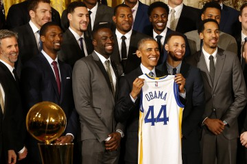 Feb 4, 2016; Washington, DC, USA; President Barack Obama (M) poses with the 2015 NBA Champion Golden State Warriors during a ceremony honoring the Warriors' championship in the East Room at the White House. Mandatory Credit: Geoff Burke-USA TODAY Sports