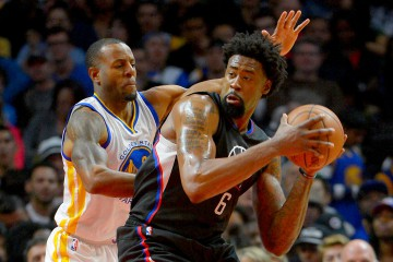 Feb 20, 2016; Los Angeles, CA, USA; Golden State Warriors forward Andre Iguodala (9) guards Los Angeles Clippers center DeAndre Jordan (6) in the first quarter of the game at Staples Center. Mandatory Credit: Jayne Kamin-Oncea-USA TODAY Sports