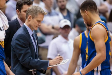 Mar 21, 2016; Minneapolis, MN, USA; Golden State Warriors head coach Steve Kerr in the fourth quarter against the Minnesota Timberwolves at Target Center. The Golden State Warriors beat the Minnesota Timberwolves 109-104. Mandatory Credit: Brad Rempel-USA TODAY Sports