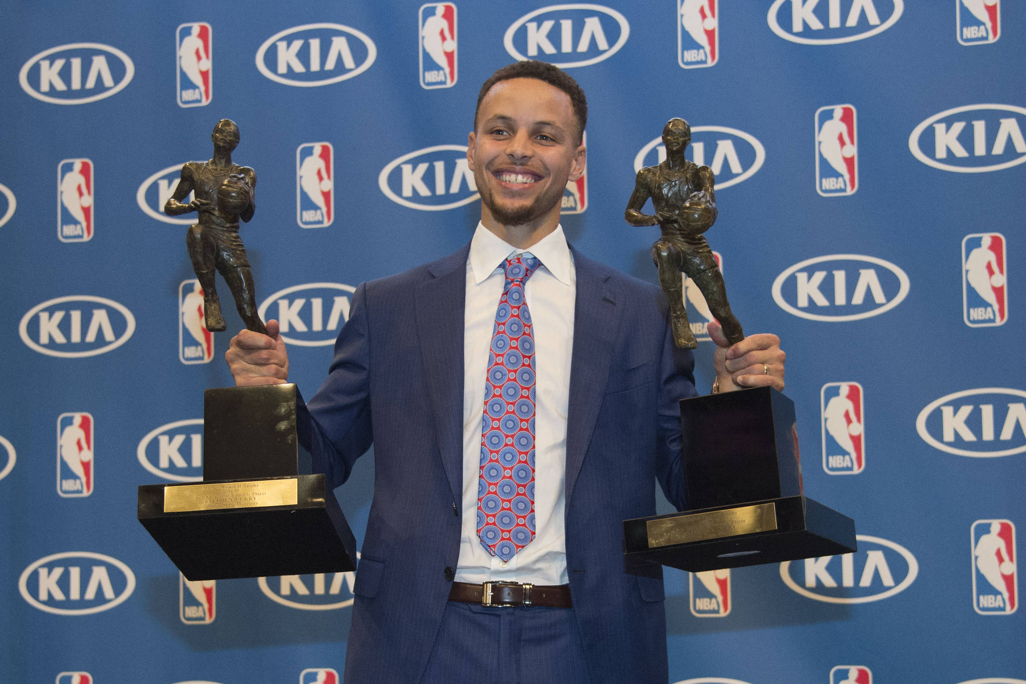 Warriors News Grab A Photo With Stephen Curry S Mvp